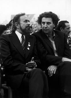 Микис Теодоракис и Яннис Рицос